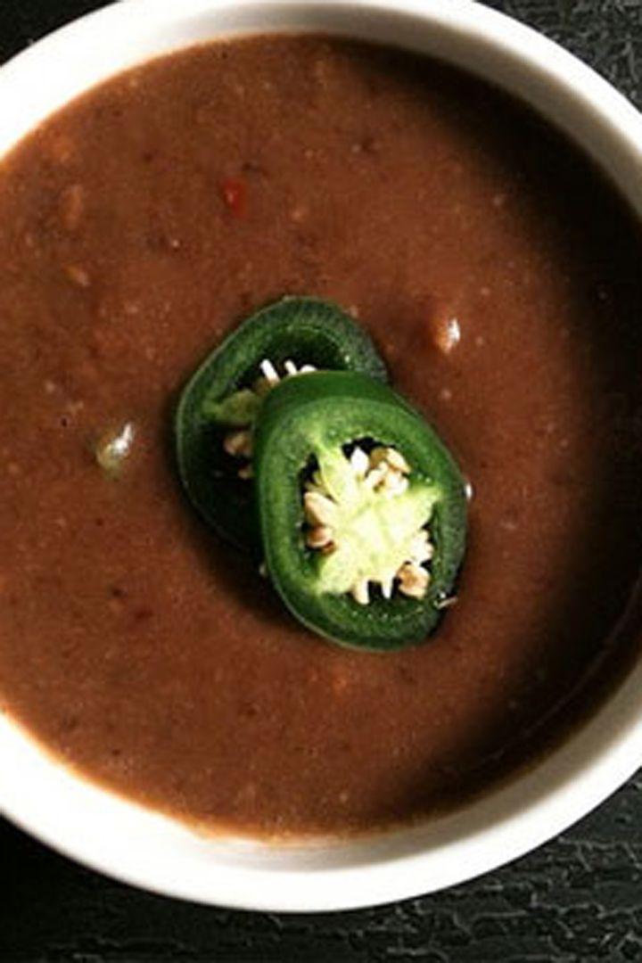 Healthy Recipe: Low-Calorie Black Bean Soup