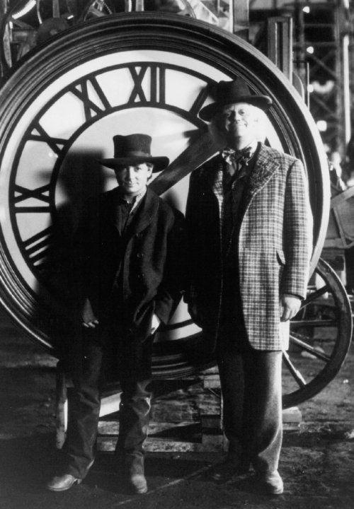 Still of Michael J. Fox and Christopher Lloyd in Ritorno al futuro - Parte III (1990)