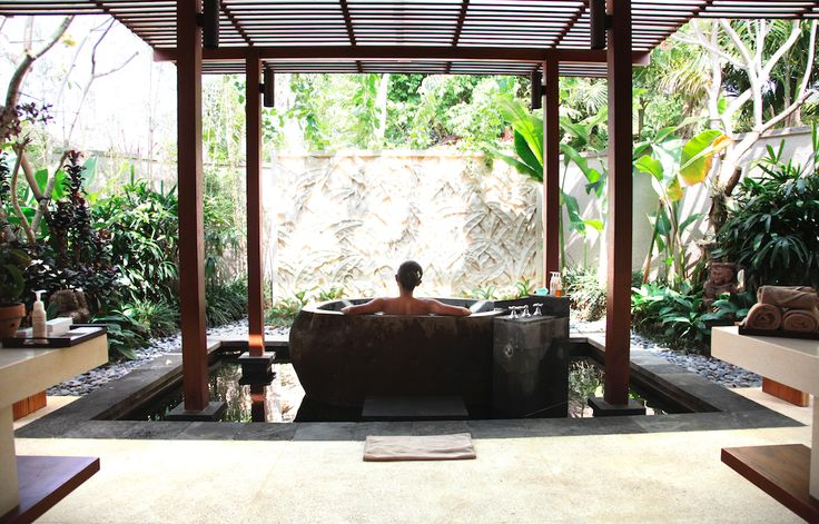 Villa Sati's stunning bathroom @Dea Villas #Bali  #Sati #Indonesia #homedecor #DeaVillas #bathroom