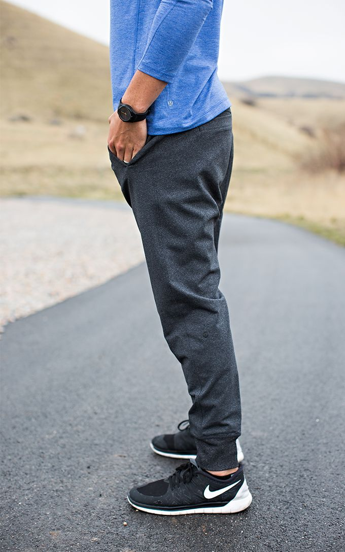 Mens Adidas Running Shoes That Look Good With Joggers