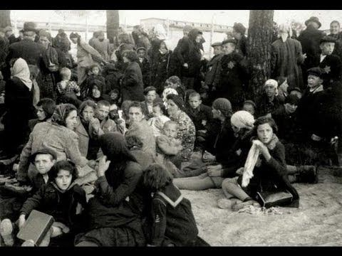 essay jews history holocaust Throughout their history, jews had suffered periodic persecutions, expulsions,  jews today continue to live with anti-semitism and the holocaust,.