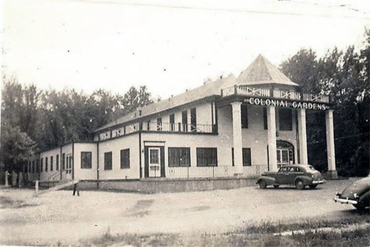 Colonial Gardens, 618 West Kenwood Dr., Louisville, Ky., built in 1902 as Senning's Park and converted to Colonial Gardens in1939, the structure has operated as a beer garden entertainment hall and the city's first Zoo. c, 1940's