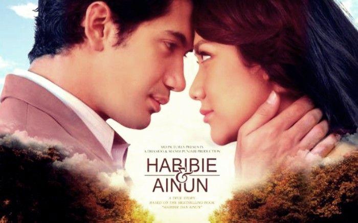 Film Romantis Indonesia Terbaik Habibie & Ainun (2012)