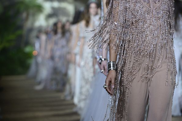 A ALTA COSTURA INDIANA DE ELIE SAAB - Fashionismo