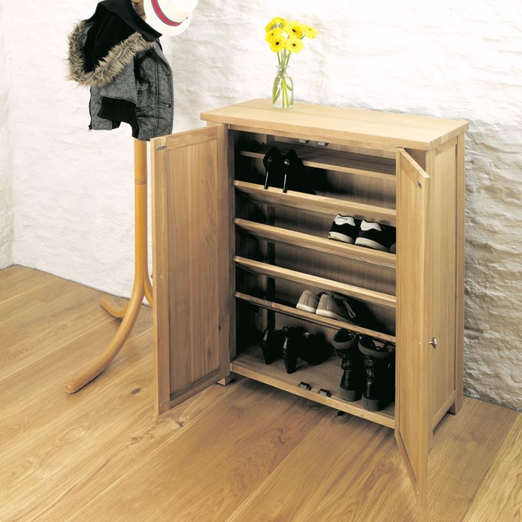 Light Oak Shoe Storage Cupboard with 4 shelves - hold approx 18 pairs of shoes.