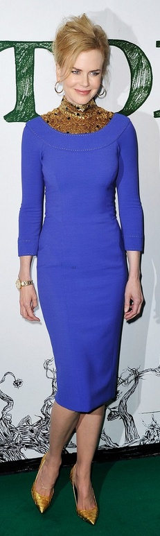 Who made  Nicole Kidman's gold jewelry, pumps and purple long sleeve dress that she wore in London on February 17, 2013?