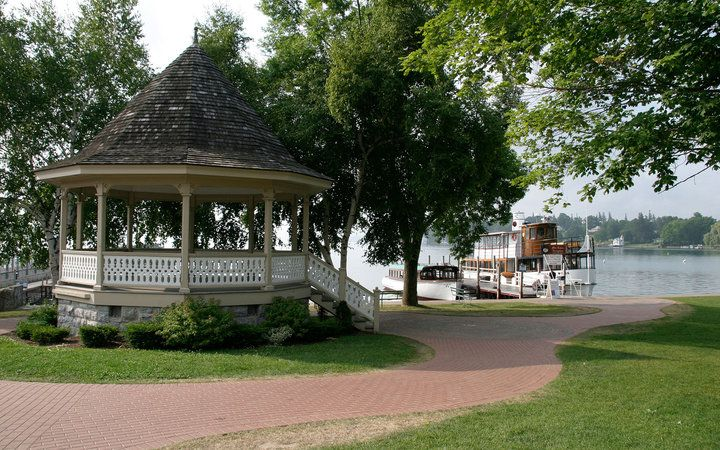 America's Most Romantic Towns: Skaneateles, NY