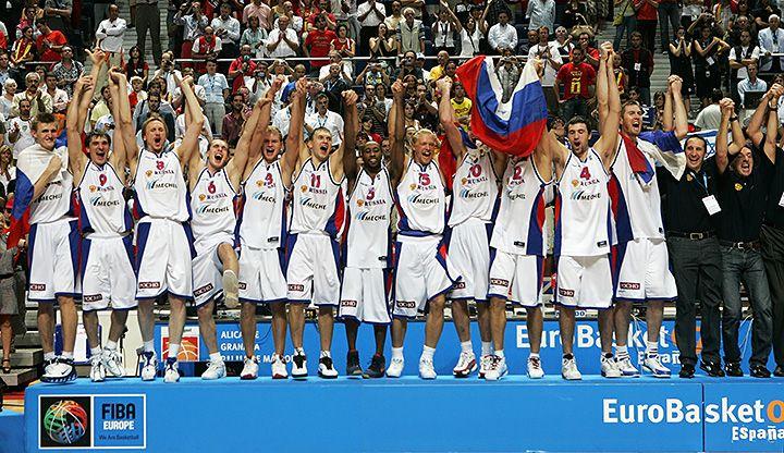 «Посмотрел на Кириленко – он махнул мне рукой: «Действуй сам». Джей Ар Холден – о победе на Евробаскете-2007 - Bank shot - Блоги - Sports.ru