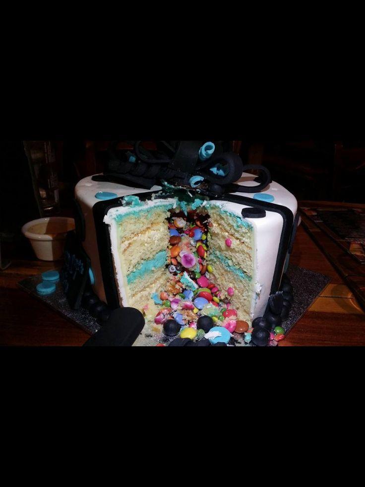 Fondant Ribbon cake (inside)