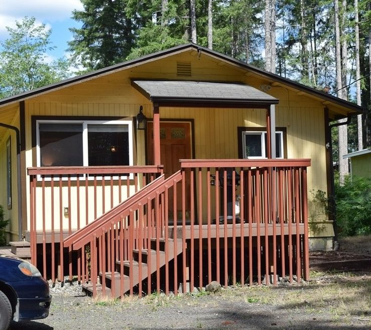 Two Bedroom Cottage For Sale in Shelton, WA