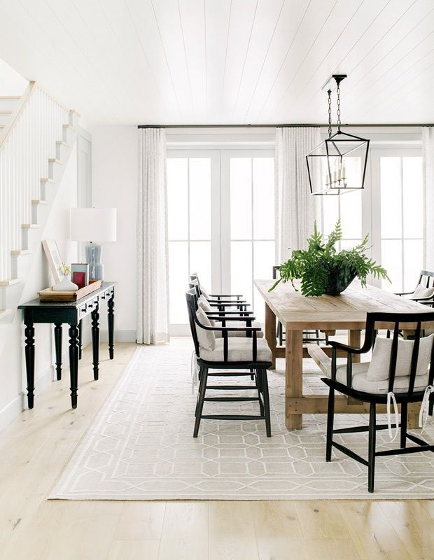 Ask A Designer How To Create A Fresh Inviting Dining Room Casual Dining Rooms Farmhouse Dining Room Dining Room Design