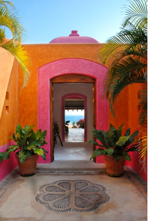 """Las Alamandas. The appeal of colour and symmetry - works every time. Forgot about the presence of a """"drawing in"""" factor."""