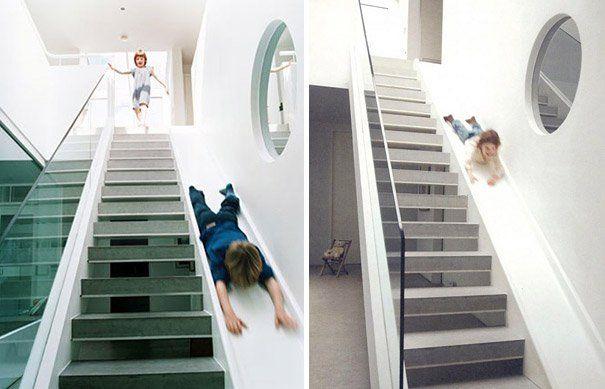 lo máximo!! una escalera con tobogán al lado!! me encanta!!