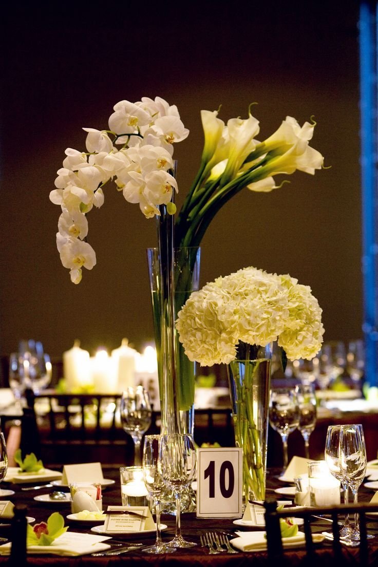 273 best images about tall centerpieces on pinterest for Contemporary table centerpieces