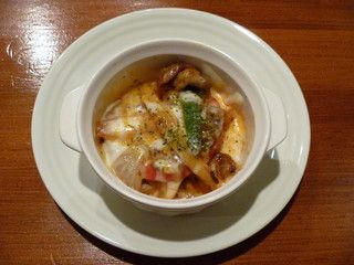 タコスファクトリー - 料理写真:ラハス・コン・ケソ豚肉と野菜にサルサロハ、チーズでフォンデュ