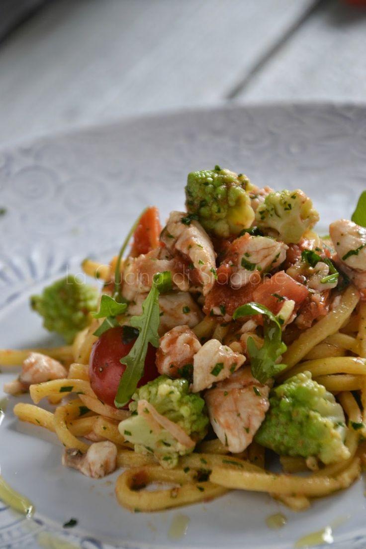 Spaghetti alla chitarra con ragout di gallinella di mare e broccoletti