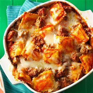 Top 10 Lasagna Recipes                     -                                                   Whether baked, slow cooked or made in a skillet, these top-rated lasagna recipes will please all palates, from the traditional meat and cheese combo to variations with chicken, seafood or veggies.