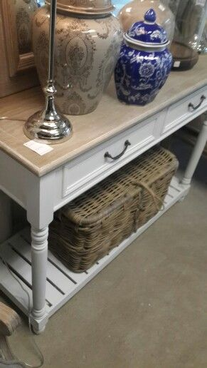 Beautiful Biggie Best side table and pedestals to match.