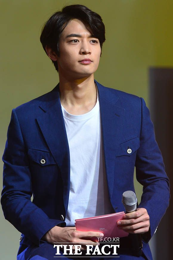 160523 Minho - Jonghyun 'She Is' Showcase