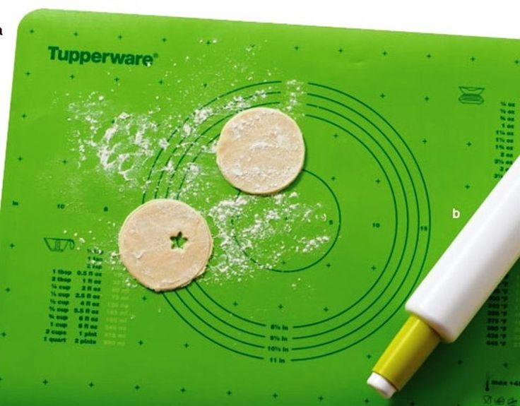 Tupperware Pastry Sheet Baking Rolling Mat Pie Dough Green Anti Slip Rare New