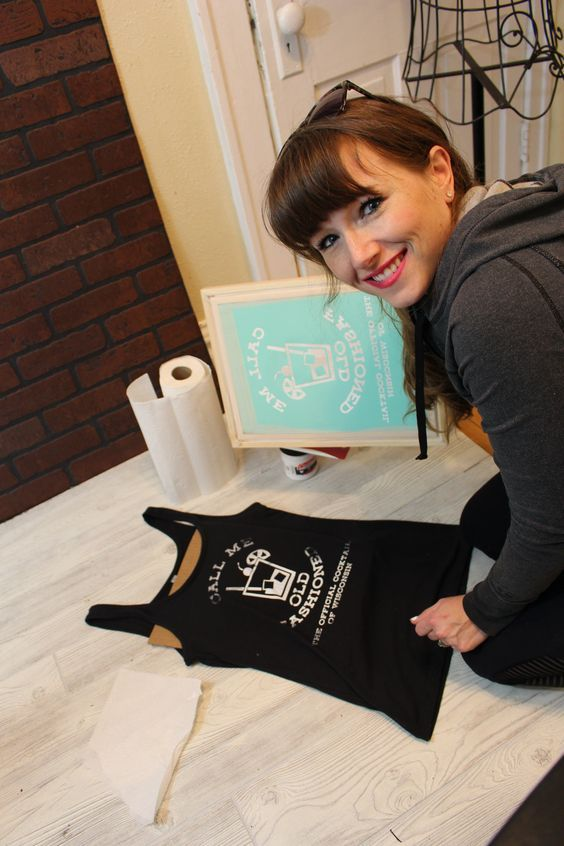 Learn how to screen print using your Silhouette Cameo or Cricut Explore and vinyl.