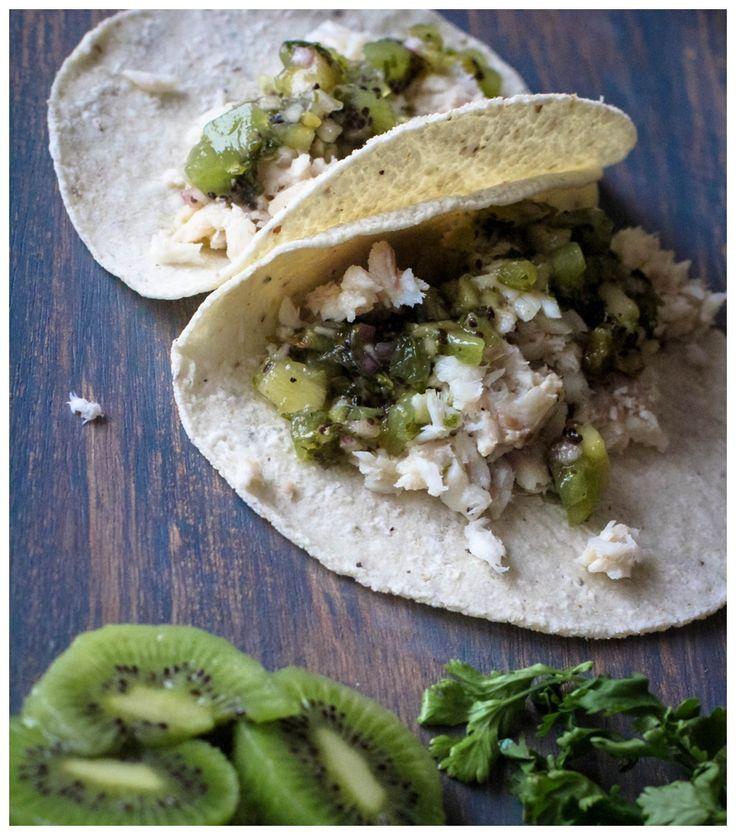 Una Comida Ligera para recibir Amigos - Tacos de Tilapia con coco, limón y salsa de kiwi