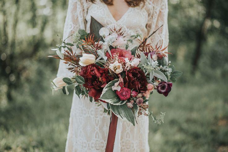 Yvig brudbukett höstbröllop.JPG