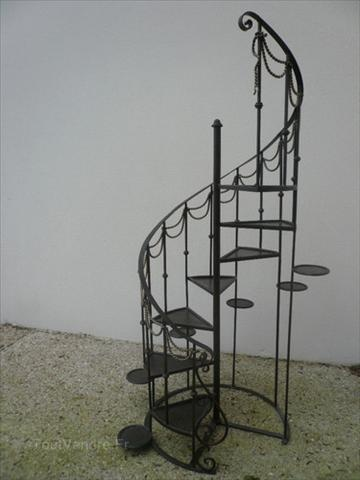 1000 Images About Escaliers On Pinterest Stair Risers Agriculture And Metals