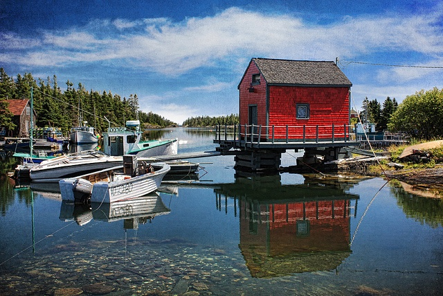 A place I'd love to go to...Gorgeous Stonehurst Cove in Nova Scotia! What a beautiful picture of this fishing village.