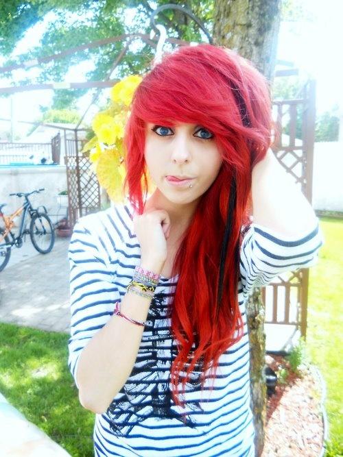 Cool red scene hair