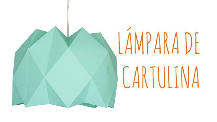 En este video podéis aprender hacer con dos cartulinas una manera de hacer una lámpara de techo tan moderna como esta. Se trata de una lámpara de estilo nórd...