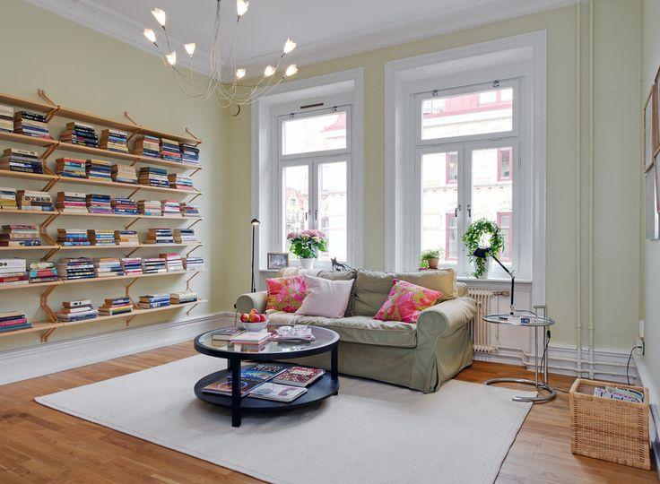 bookshelfs: Wall Colors, Wall Bookshelves, Lights Fixtures, Scandinavian Living Rooms, Scandinavian Interiors, Books Shelves, Inspiration Ideas, Book Shelves, Living Room Bookshelves