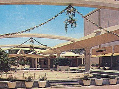 Lenox Square Mall, early 1960s. Yes, originally it was not an enclosed mall.