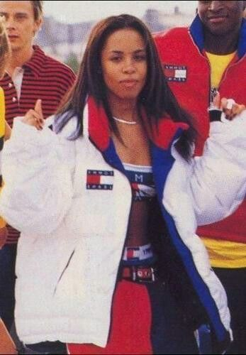 goldshorty:Remember when Aaliyah dressed like this for her