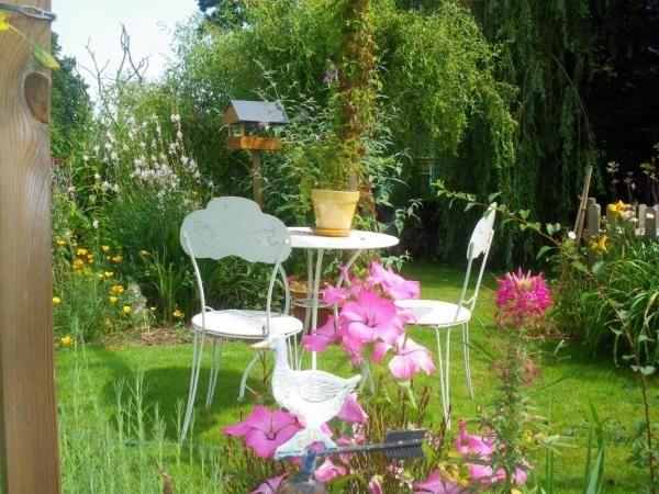jardin romantique et champ tre jardin et terrasse pinterest. Black Bedroom Furniture Sets. Home Design Ideas