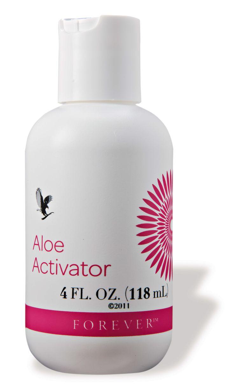 Aloe Activator is een milde reiniger voor de huid, die voor 99,66% uit pure gestabiliseerde aloë vera gel bestaat. De toevoeging van allantoïne heeft een gunstige invloed op de vochtbalans van de huid en activeert de celvernieuwing. Aloe Activator kan ook in combinatie worden gebruikt met de Mask Powder voor een weldadig, vochtregulerend en reinigend gezichtsmasker voor een optimale verzorging van de huid.