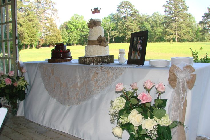 Wedding Cake Table With Linen Lace And Burlap Rustic Wedding Cakes