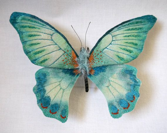 Fabric sculpture Large turquoise color butterfly por YumiOkita