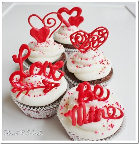 easy to make custom Valentine Cupcake toppers