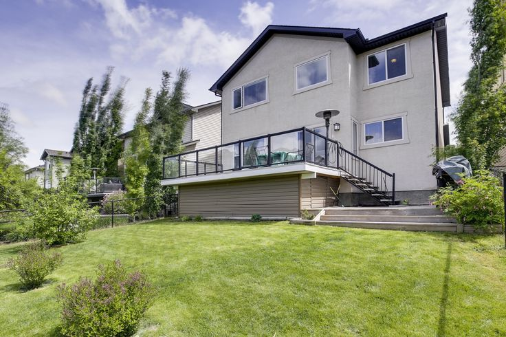SOLD Luxury living in Panorama!  Listed at 650K, click for more info.