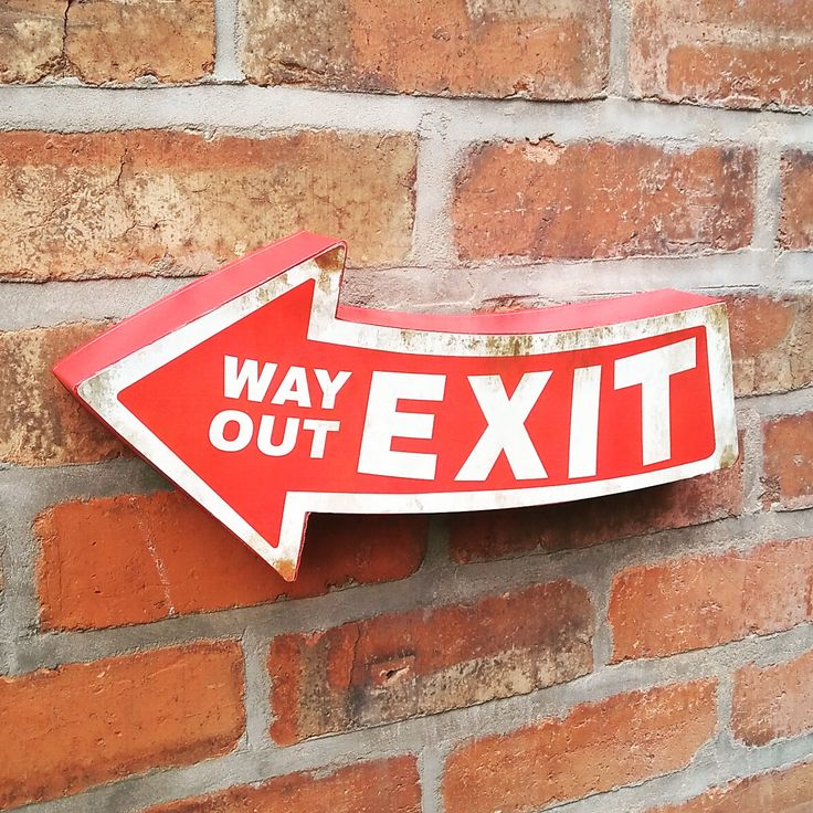 Exit Sign Metal Wall Sign Way Out Plaque Pub Retro Blechschild Nostalgie Metallschild Ausgang Schild Vintage #Exitsign #Exit #RetroSign #Retrodecor #Retrodecoration #retrodeco #Metallschild #Blechschild #Retroschild #vintage #vintagewedding #retro