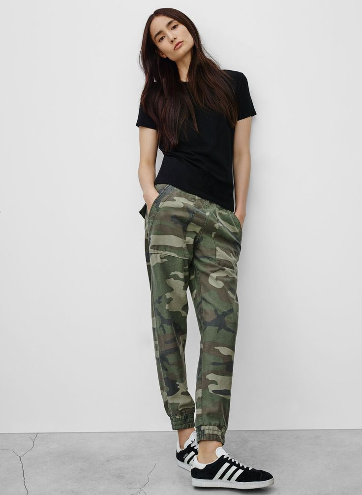 Beautiful Fall Fashion Camo Camo Outfit Aritzia Camo Pants Army Pants Outfit