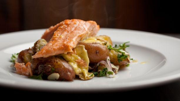 Recettes - Signé M - TVA - Saumon mi-cuit, salade de grelots