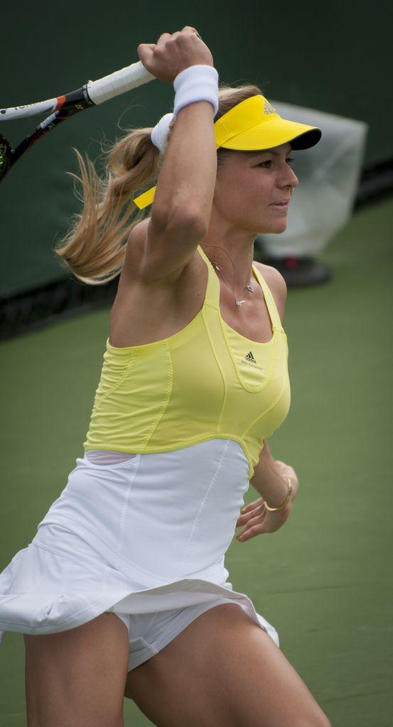 sex girl sports tenis