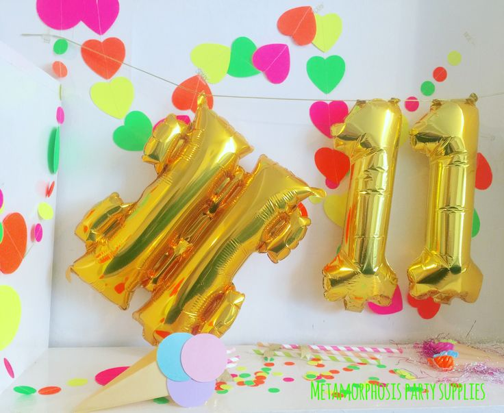 Pack of 5 magic sprinkle balloons! Make the party end with a bang and sprinkle everyone with some magic ;)Foil ballonsThese balloon can be filled with air or helium and come with either pink ...