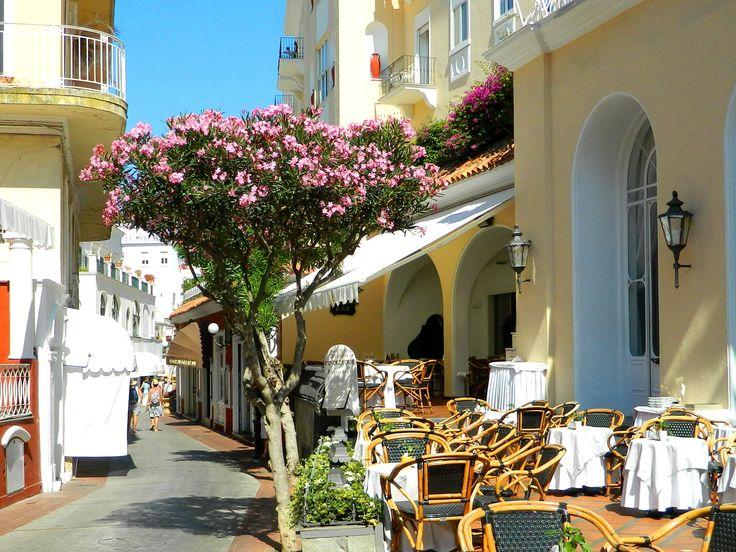 Grand Hotel Quisisana- Capri,Nikon Coolpix L310, 5.6mm,1/1000s, ISO80, f/3.2 201507151601