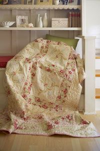 Show off your needle-turn appliqué skills on an elegant throw. Subtle shifts in color mean the Parisian-inspired motifs are nearly hidden.: Quilts Patterns, Quilts Sewing, Allpeoplequilt Com, Art Inspiration, Projects Ideas, Free Patterns, Quilts Tutorials, Quilts Projects, Elegant Quilts