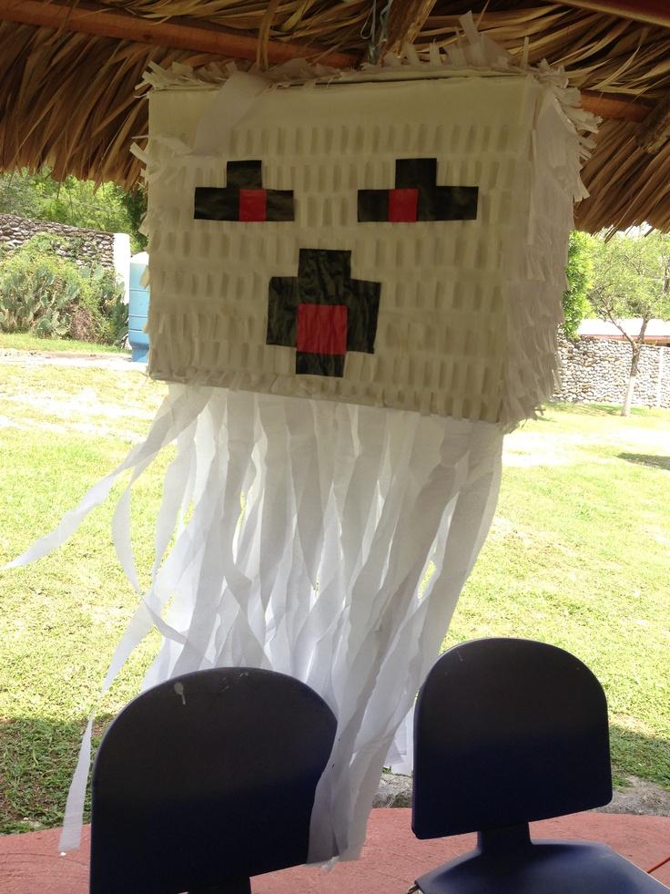 diy piñata ghast minecraft: forrar caja con papel lustrina ...