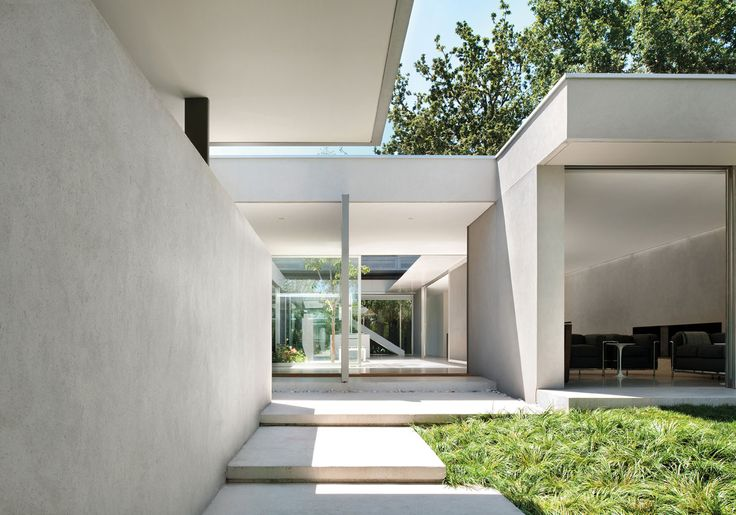 Carr design group courtyard house melbourne saul for Courtyard designs melbourne
