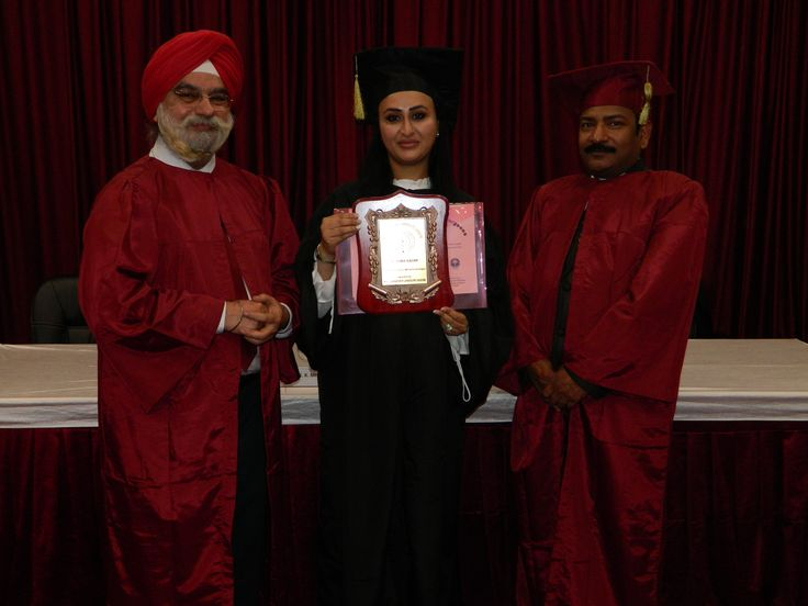 Dr. Osma Badar  receiving certificate of  Fellowship in Minimal Access Surgery at World Laparoscopy Hospital. For more detail please log on to www.laparoscopyhospital.com